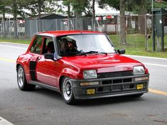 Renault 5 Turbo 2 - so ugly it's awesome