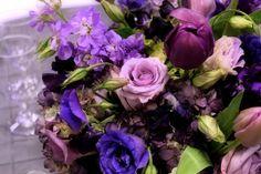 Google Image Result for http://fairytales.smugmug.com/Weddings/M/i-fcgwFfn/0/O/225806101501716840721991043915.jpg