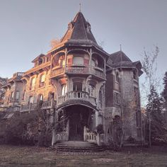 Joachim Kroll Manor   Abandoned Manor in France   Urbex Session