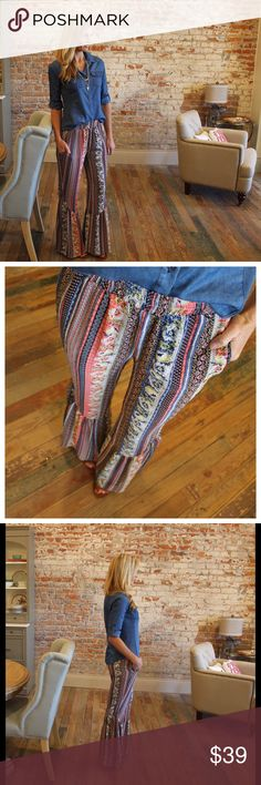 """Boho printed palazzo pants Super cute! Modeling size small. 60% cotton 40% polyester. Waist laying flat: S 13"""" M 14"""" L 15"""" inseam 31"""" (small).Add to bundle to save when purchasing two or more items from my closet. UM1379222 Pants Boot Cut & Flare"""