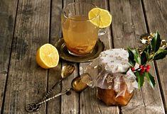 Přemýšlíte o dárcích na Vánoce? Máte rádi jedlé dárky, které jsou podomácku vyrobené ? A máte rádi štiplavý zázvorový čaj s citronem, kte... Alcoholic Drinks, Wine, Table Decorations, Glass, Advent, Food, Youtube, Lemon, Alcoholic Beverages
