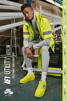 It's what's inside that counts. The AF-1 Utility brings it out and shows it off White Air Force 1, Running Shoes For Men, Mens Running, Running Sneakers, Shoe Sites, Everyday Shoes, Sneaker Boots, Types Of Shoes, Suits You