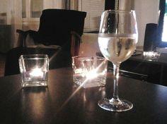 Air Wick tuoksukynttilöistä sai kauniit lasituikut, vaikka tuoksua niissä ei enää olekaan :)