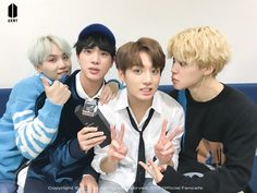 171226•방탄소년단•BTS FANCAFE Jimin looks like he is about to kiss JK lol