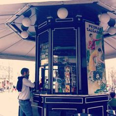 Portugal, My Land, Kiosk, Vintage Posters, Places To Go, Santa, Graphics, City, Lisbon