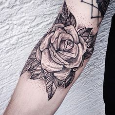 Jessica Kinzer - amazing line and dot work American Traditional Rose, Traditional Rose Tattoos, Traditional Roses, Black Tattoo Art, Dot Work Tattoo, Black Tattoos, Body Art Tattoos, Black And Grey Rose Tattoo, Bad Tattoo