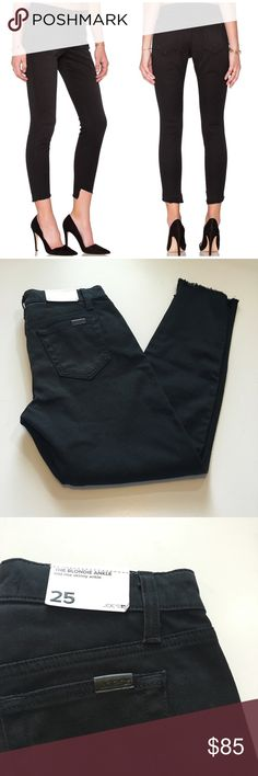 Joe's Jeans The Blondie Ankle Skinny Jeans Super cute and perfectly on trend! Brand new with tags. Frayed hem. Ankle length. Size 25. No trades!! 012817150tmr Joe's Jeans Jeans Skinny