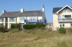 Home rental in Rhosneigr, Isle of Anglesey, Wales - Holiday Cottage Compare