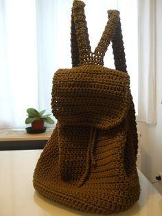 Mochila hecha a crochet