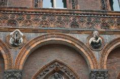 IMG_5759_-_Milano_-_Ca'_Granda_-_Dettaglio_facciata_-_Foto_Giovanni_Dall'Orto_-_21-Feb-2007.jpg (2048×1360)
