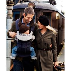 We're giving away a free Baby-Bjorn baby carrier! Share this with the awesome mums and dads in your life <3