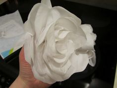 How to Make Five-Minute Fabric Flowers