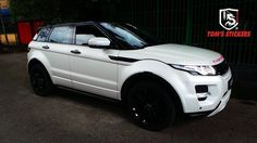 Range Rover Evoque Pearl White Full Wrap  #tomsstickers #carwrap #fullwrap #stickershop #kualalupur #rangerover #evoque #pearlwhite #vehiclewrap