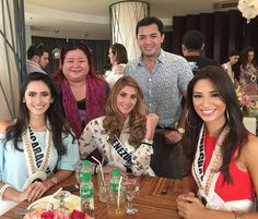 Las 20 Candidatas Seleccionadas paa el Vigan Fashion Show.. se Disponen paa Almorzar. Aqui vemos a Miss Nicaragua, Miss Venezuela y Miss Uruguay.. by Antoni Azocar
