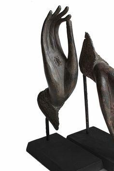 Buddha Mudra Hand Statue, Teaching Gesture, Bronze Buddha hands Sculpture Mounted on Wood. Offering Blessings and Protection by SiamSawadee on Etsy Hand Sculpture, Sculptures, Hand Statue, Art Thai, Hand Mudras, Ganesha, Buddha's Hand, Zen Design, Buddha Zen