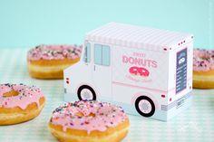 Donut Food Truck, Donut Party Favor, Food Truck, Cupcake Box, Sweet  Shoppe Party Bakery Box, Dessert Table m, Centerpiece, Doughnut Birthday