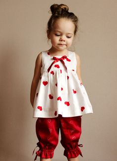 So cute the ted white children's fashion. Would be for our dear daughter. Solo modelo.