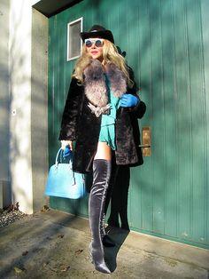 Look 383 . Tiana, Sunny Days, Sunnies, Fur Coat, Punk, Jackets, Style, Fashion, Fashion Styles