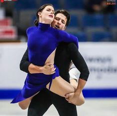 Tessa Virtue and Scott Moir. You can't watch these two without feeling something of a voyeur. They dance like twin flames in a wind. Virtue And Moir, Tessa Virtue Scott Moir, Ice Dance Dresses, Figure Skating Dresses, Baseball Costumes, Running Pictures, Tessa And Scott, Figure Skating Costumes, Athletic Girls