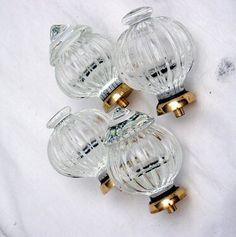 Glass knobs - Merlin Glass