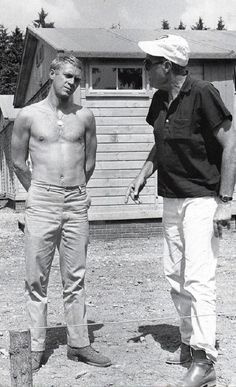 Steve McQueen style, cars, motorcycle, and more. Actor Steve Mcqueen, Steve Mcqueen Style, Stevie Nicks Young, Steeve Mcqueen, Cute Blonde Boys, The Great Escape, Hollywood Actor, Interesting Faces, Mc Queen