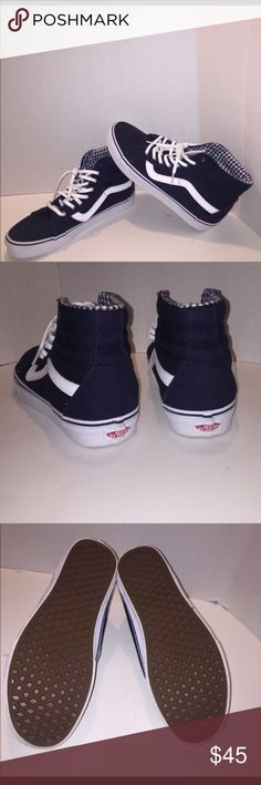 Ski-8 Navy Blue Vans #Firm Like New worn a few hours last year Easter. #FIRM PRICE Shoes Sneakers