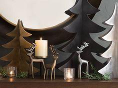 Crate & Barrel est une célèbre enseigne américaine, connue pour sa décoration contemporaine, loin des excès. Pour Noël, elle ne fait pas exception à sa règle, c'est traditionnel, doux, et…