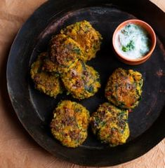 Nigel Slater's recipes for vegan chickpea cakes, and baked apples Roasted Shallots, Roasted Potatoes, Apple Recipes, Vegan Recipes, Vegan Food, Free Recipes, Chickpea Cakes, Chickpea Patties, Chickpea Salad