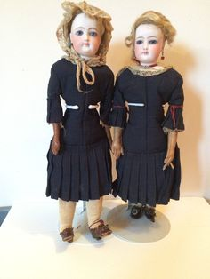 Here is a great find. These are two either twin or sister antique dolls by Francois Gaultier. Both have all original heads, blonde mohair wigs, cork pates, eyes, neck coils, dresses, under clothes, bodies, socks and shoes (except for lower arms on #2 as specified above). | eBay!