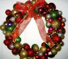 LiveLoveDIY: Christmas Ornament Wreaths - Reader Versions