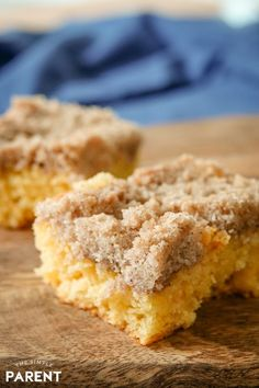 Cake Mix Coffee Cake is an easy breakfast recipe to make using yellow cake mix! You can make it in recipes, as a bundt cake, or just a sheet cake! Cake Mix Coffee Cake, Best Coffee Cake Recipe, Sour Cream Coffee Cake, Breakfast Casserole French Toast, Breakfast Cake, Cinnamon Crumble, Gooey Butter Cake, Still Tasty, Crumble Topping