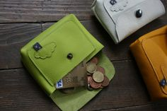 Petit porte-monnaie / porte carte. Bonne idée !                                                                                                                                                     Plus