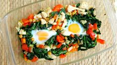 Een recept voor een snelle, lekkere EN gezonde ovenschotel met kip, spinazie, kikkererwten en ei. Heel makkelijk te maken en snel klaar.