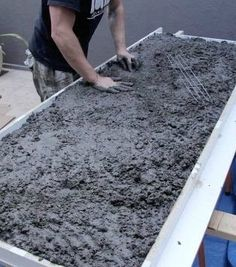 Concrete isn't just for pavement, spread cement anywhere with these 10 creative projects!