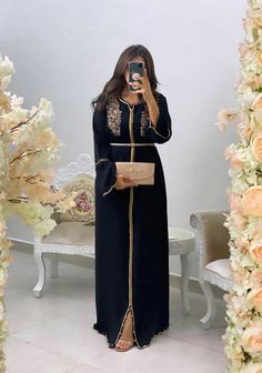 Morrocan Fashion, Morrocan Dress, Moroccan Caftan, Oriental Fashion, Arab Fashion, Muslim Fashion, Indian Designer Outfits, Designer Dresses, Hijab Evening Dress
