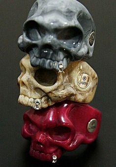 A Different Decision: Skull Wedding Rings Mens Skull Rings, Silver Skull Ring, Skull Jewelry, Jewelry Rings, Jewellery, Crane, Moda Geek, Mens Ring Designs, Skull Wedding Ring