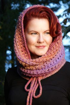Keep it cosy with this head-turning addition to your seasonal wardrobe.  Featured in Vogue Knitting Magazine - Holiday 2009, this versatile cowl doubles as an elegant hood and would be gorgeous knit in elann Meander.  http://international.elann.com/product/elann-meander-yarn-5-ball-bag/