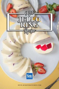 Keto Vanilla Berry Jello Dessert. This delicious sugar free dessert recipe is very easy to make with no cooking required. It's a healthy, gluten-free sweet that will impress the guests at your next dinner party. #ketorecipes #sugarfree Best Gluten Free Recipes, Sugar Free Recipes, Low Carb Recipes, Jello Dessert Recipes, Keto Dessert Easy, Ketogenic Desserts, Low Carb Desserts, Healthy Desserts, Ketogenic Diet