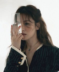 Lorraine, Song Hye Kyo Style, High Fashion Looks, Song Joong Ki, Flawless Face, Old Actress, Korean Actresses, Celebs, Celebrity