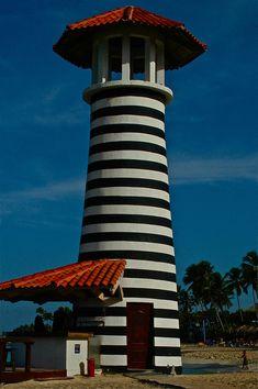 Lighthouse, Santo Domingo, by Vlady on 500px