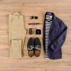 Blazer - Gap Chino – Cotton On Camiseta – Levi's Sapatos – Noir, Le Lis Óculos de sol – Salvatore Ferragamo Relógio – Fossil Cinto – Noir, Le Lis