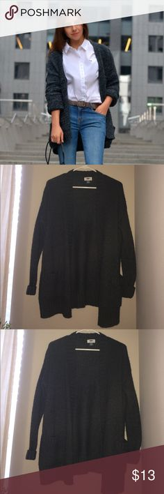Old Navy Charcoal Gray Cardigan In good condition:) Tags: Forever 21, Wet seal, Papaya, Charlotte Russe, Nordstrom, Zara, H&M, Old Navy, Sears, Macy's, MOSSIMO Supply Co, Banana Republic, Loft, J-Crew, VS Pink, Tory Burch, Calvin Klein)  Check out my other items :) Let me know if you would like to bundle! Thanks! Old Navy Sweaters Cardigans