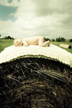 "@feliciaimelli this would be so cool for you to shoot! Cute photo for a ""Country"" baby :)"