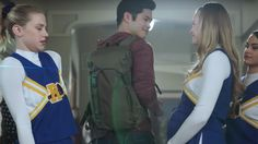 There was so much packed into Riverdale's first season that the pacing always felt off. In a TV series about a murder mystery with the characters from Archie Comics, it's to be expected that the show would move at a breakneck pace as that story unfolded over only 13 episodes. One big casualty from the super fast pacing was that a lot of characters got pushed to the sidelines if their stories weren't integral to the main murder mystery, resulting in deleted scenes galore. But I&#39...