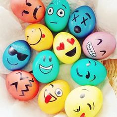 Colorful Emoji Easter Eggs [L] Ostern Party, Diy Ostern, Emoji Easter Eggs, Easter Crafts, Crafts For Kids, Easter Egg Designs, Easter Celebration, Egg Art, Easter Holidays