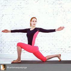 """""""Nuestra #SportySister @carlamasqueyoga estrena sección en @womenshealthesp con los mejores vídeos de #yoga y el mejor outfit de #LornaJaneES ! Corriendo a…"""""""