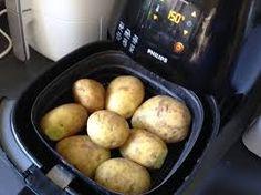 Aardappels Koken (poffen) In Je Airfryer Voor Aardappelsalade recept | Smulweb.nl Oven Fryer, Potato Gardening, Actifry, Lunch Snacks, Air Fryer Recipes, Tapas, Slow Cooker, Bbq, Food Porn