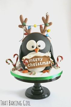 Christmas Penguin cake by elinor Christmas Themed Cake, Christmas Cake Designs, Christmas Cake Decorations, Christmas Cupcakes, Christmas Sweets, Christmas Cooking, Holiday Cakes, Noel Christmas, Christmas Goodies