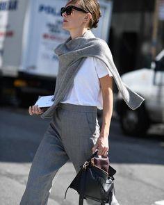 Curvy Fashion, Love Fashion, Autumn Fashion, Womens Fashion, Normcore, Looks Style, My Style, Short Noir, Estilo Blogger