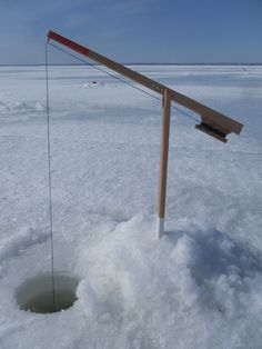Les Brimbales - fabricationjeanmorin.com Ice Fishing Tip Ups, Ice Fishing Rods, Fishing Uk, Fishing Shop, Fishing Rigs, Walleye Fishing, Bass Fishing Shirts, Hunting Supplies, Bowfishing